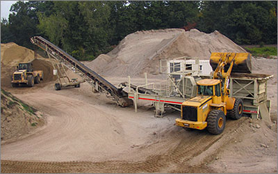 Excavation contractors, Rock crushing, Rock crushing equipment